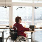 Postoje české společnosti k lidem s tělesným postižením